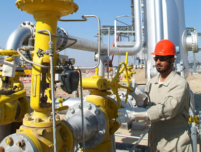 Oil and gas company Petrofac was awarded a $780-million engineering, procurement and construction contract for Kuwait's Oil Company's manifold group trunkline for a project in the north of Kuwait.