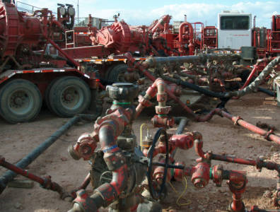 Halliburton has experienced a Q4 net loss of 54% in its North American operations compared with last year, the US oilfield services company reported on Monday.