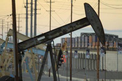 Nodding donkey oil price